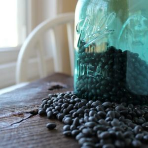 How to Make Slow Cooker Black Beans