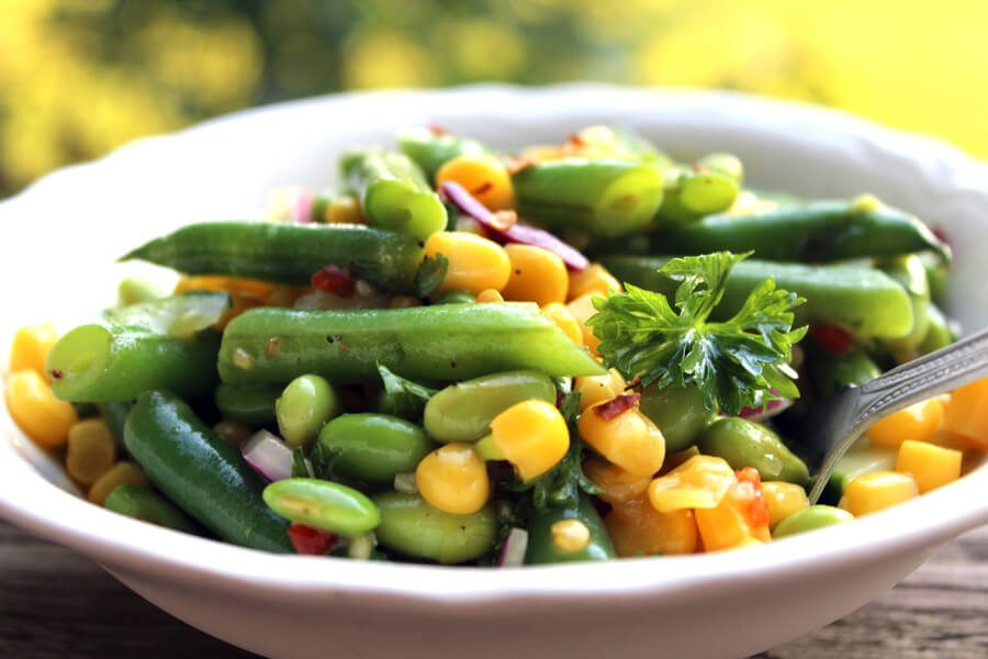 Life handed me garden-fresh green beans! So we turned them into a Fresh Green Bean Summer Salad. Full of veggies & tossed with a white wine dressing.