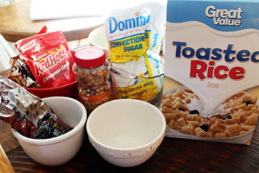 Georgia Dawg Chow Snack Mix - Georgia Tailgate Recipe