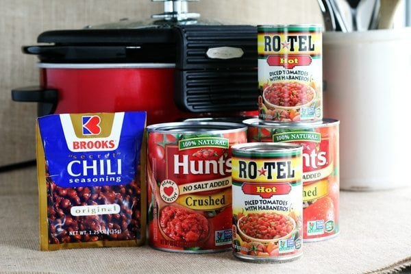 Use your favorite ingredients like Hunt's, RO*TEL, and Brook's to make this pulled pork chili recipe.