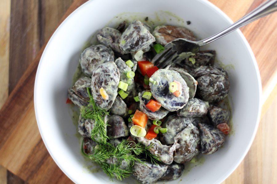 Purple Potato Salad with Greek Yogurt + Dill Dressing ...