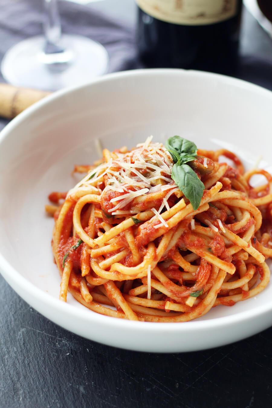 Bucatini Pasta Chianti Sauce | Buy This Cook That