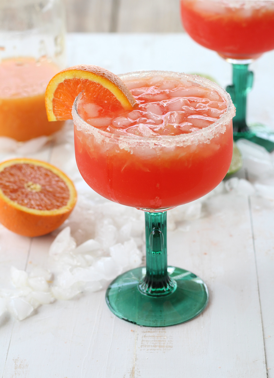 Sugar Sunset Margaritas...because we all need another reason to celebrate Cinco de Mayo, right?#margaritas #margs #cincodemayo